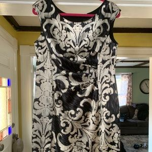 Cocktail dress with black and cream design